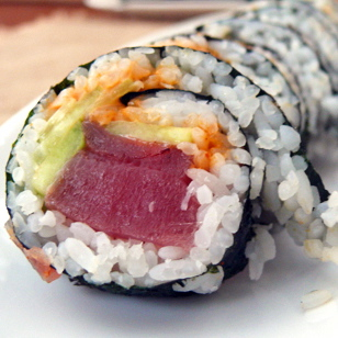 Spicy Tuna Rolls: Sushi – It can be done folks!