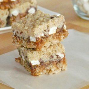 Peanut Butter & Chocolate Stuffed Krispie Treats