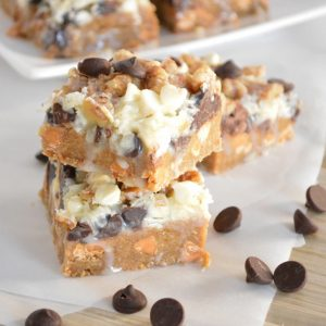 Seven Layer Bars with Gingerbread Crust