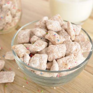 Biscoff (Cookie Butter) and Cinnamon Puppy Chow