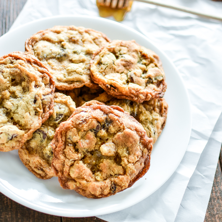Oatmeal and Fig Chocolate Chunk Cookies