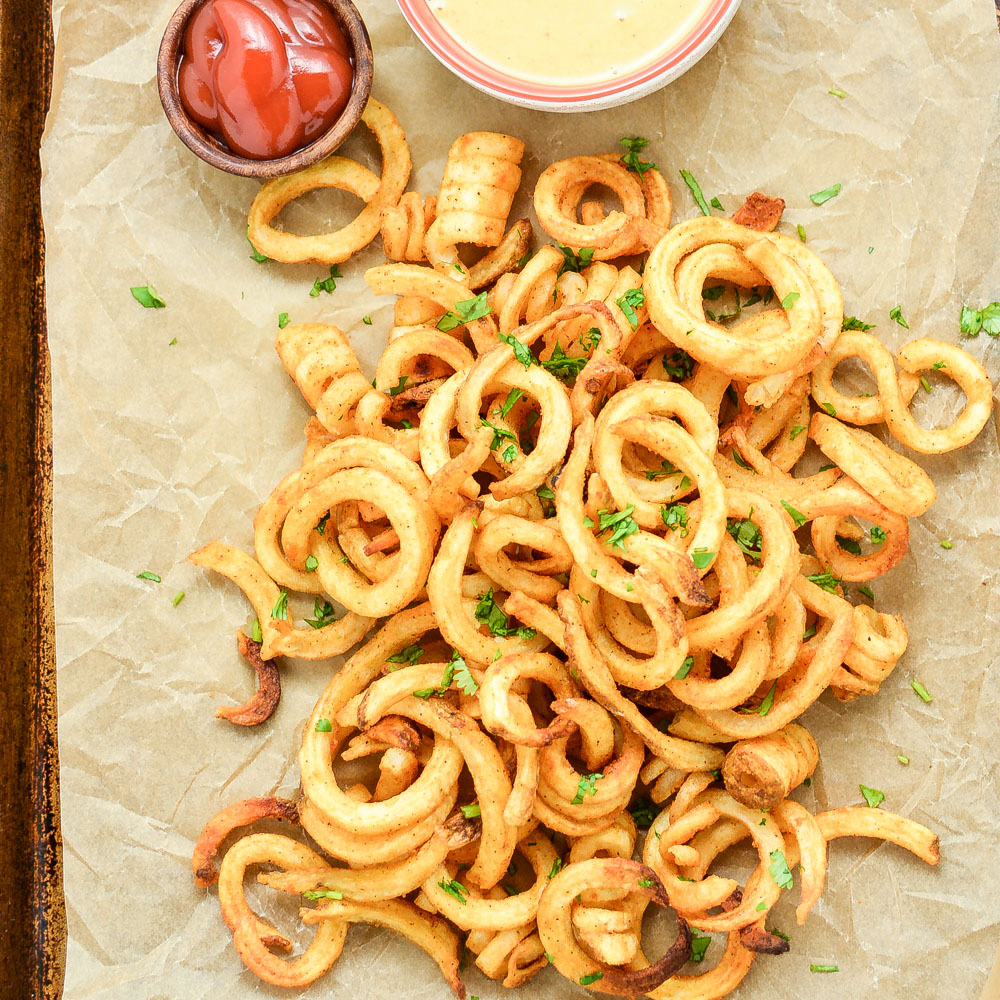 Baked Curly Fries with Mustard-BBQ Dipping Sauce
