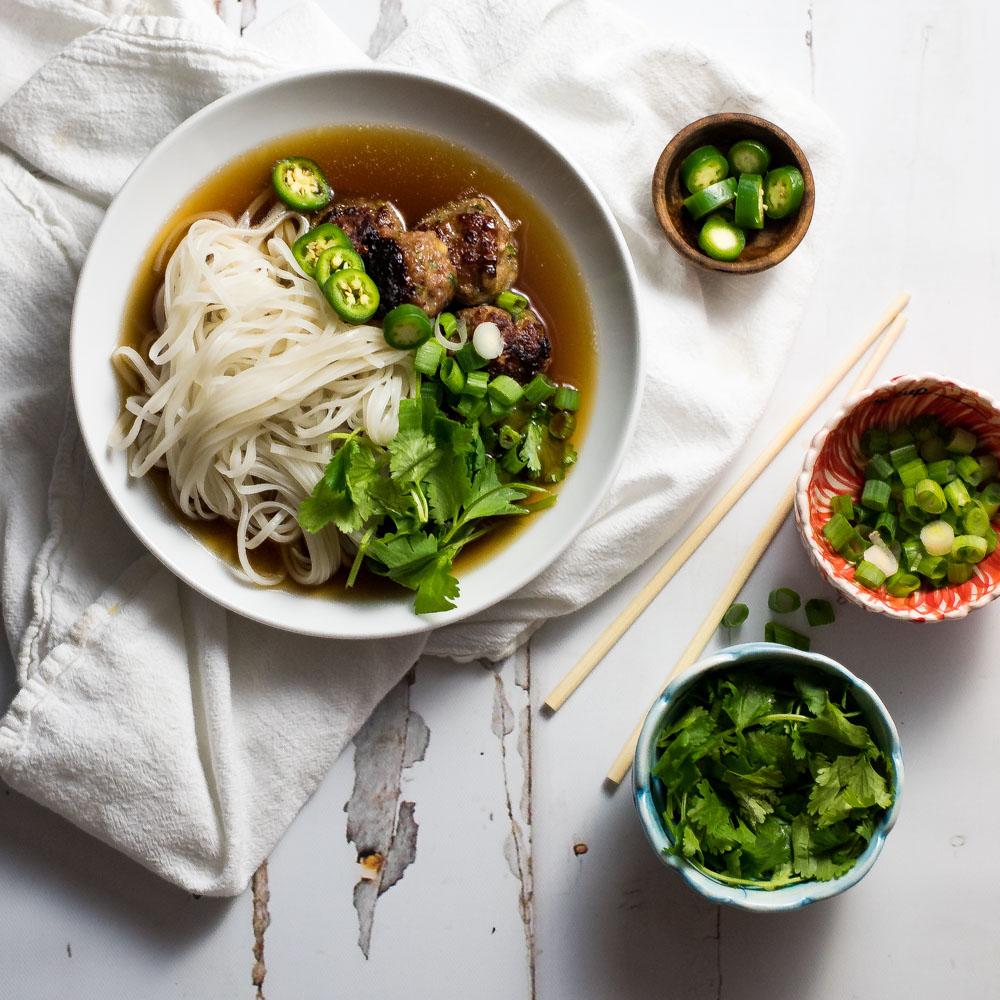 Vietnamese Meatball Pho Noodle Soup (Pho Bo)